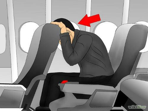 Tư thế ngồi an toàn khi đi máy bay