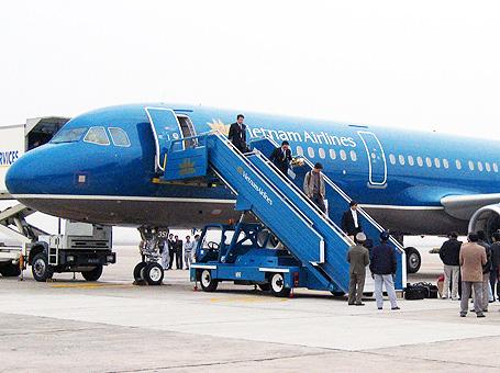 Vietnam Airlines bán vé tết 2015 với giá đặc biệt