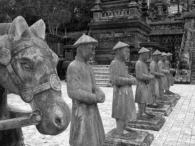 Lăng mộ triều Nguyễn